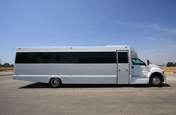 f650-party-bus-2