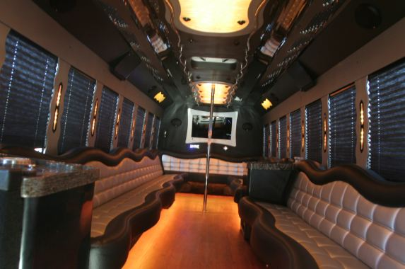 f650-party-bus-3
