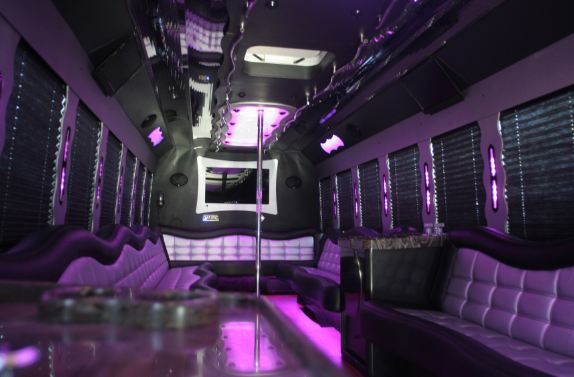 f650-party-bus-4