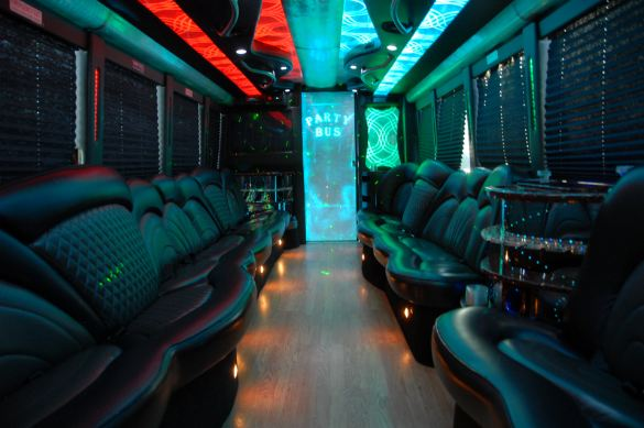 freightliner-party-bus-4
